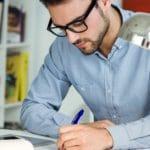 Jeune entrepreneur : comment se lancer ?